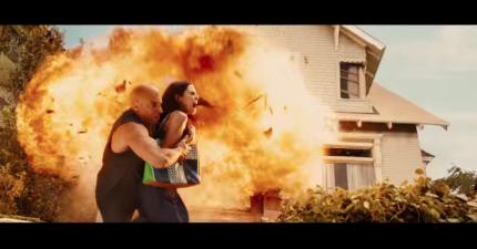 保羅沃克遺作《玩命關頭7》最新預告,跑車飛躍大樓的畫面絕對不會讓你失望!