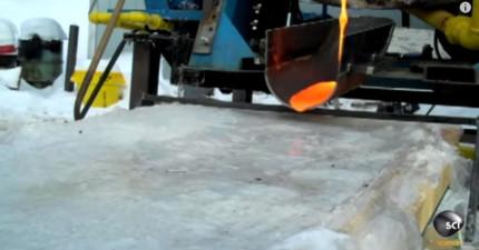 當你把岩漿倒在冰上面的時候...這太瘋狂了!