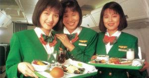 長榮秀出「第一代空服員照」回憶 釣出29年前女神合照!