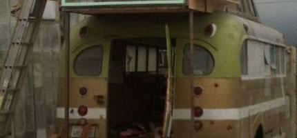 1948年的巴士被變成復古露營車